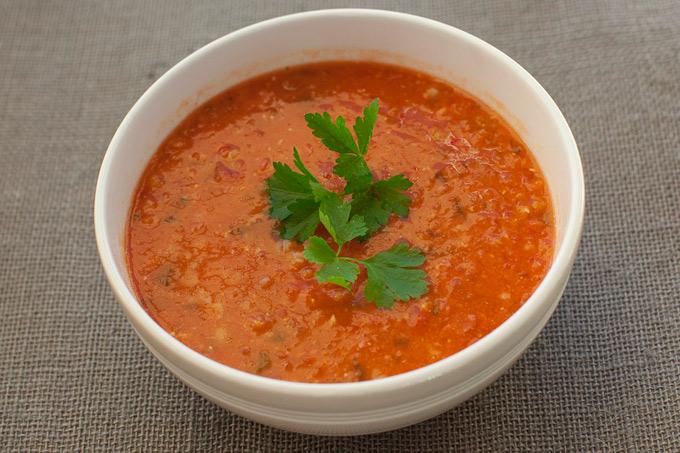 Rød linsesuppe med spekeskinke